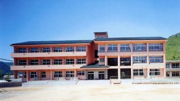 1994 福崎町立高岡小学校