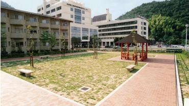 1993.03 高齢者脳医療研究センター・屋外庭園