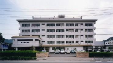 2002.06 國富胃腸病院(増改築)